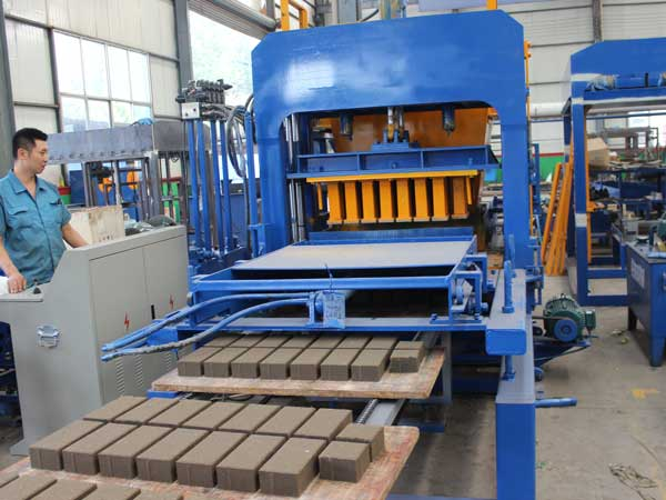 ABM-4S hydraulic brick machine