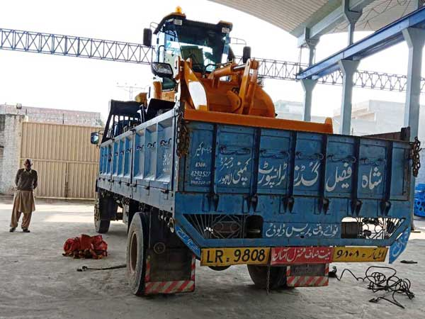 wheel loader Pakistan