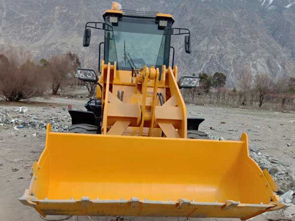 wheel loader in Pakistan