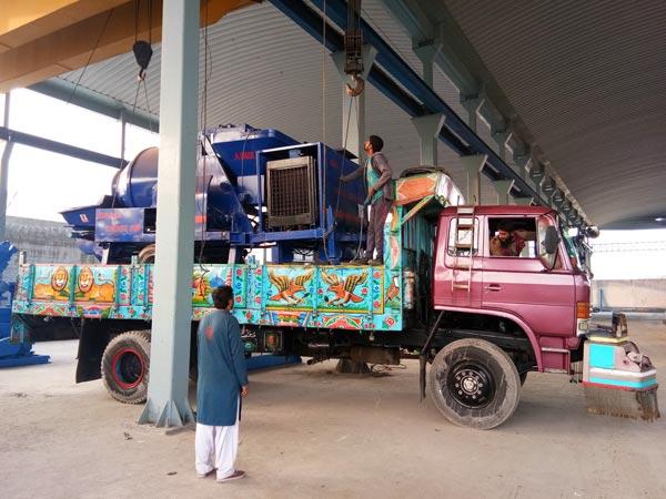 JBS40R diesel concrete mixer pump delivery