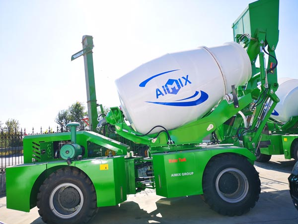 3m3 self loading concrete mixer truck