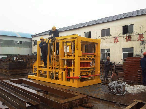 ABM-10S hollow block machine for sale in the Pakistan