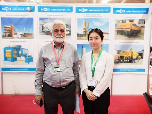 customer visit us in exhibition