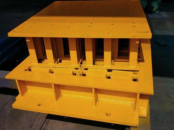 mould of hollow blocks machine in Pakistan