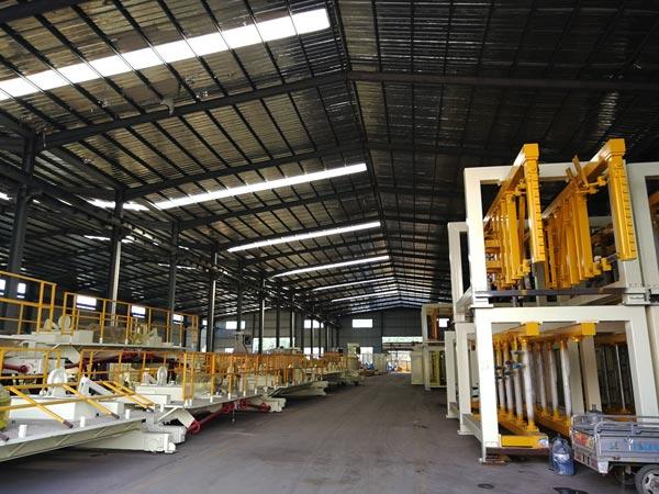 fly ash brick machine workshop
