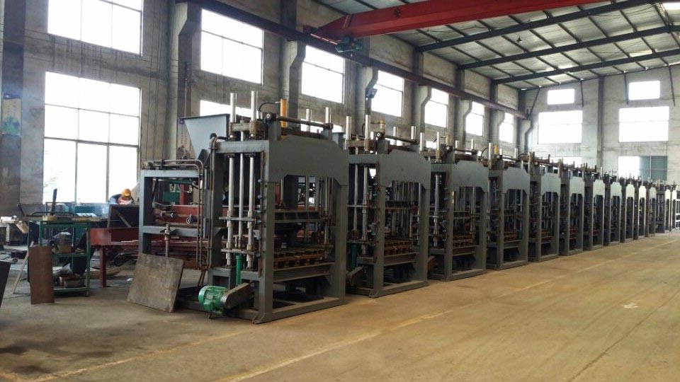 hydraulic brick machine factory