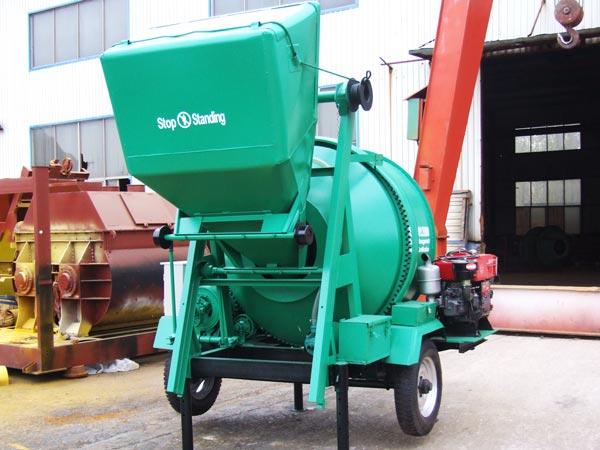 Diesel Concrete Mixer - Driven By Diesel Engine - Wide