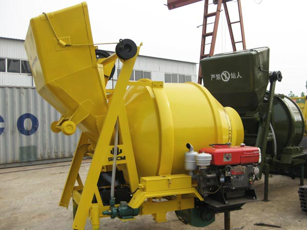 JZR500 mobile diesel concrete mixer