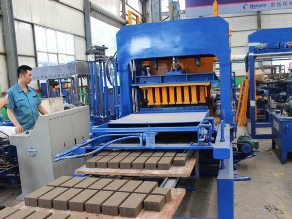 ABM-4S concrete brick machine