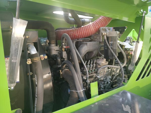 inner structure of self concrete truck
