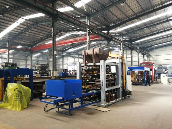 AIMIX brick moulding machine workshop